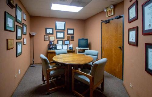 McHenry Dental Specialists-FINAL-IMG 7484-0009