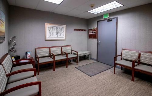 McHenry Dental Specialists-FINAL-IMG 7487-0010